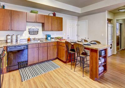 04-Kitchen-01-SMALL